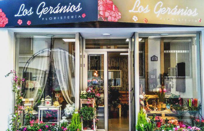 Local Los Geranios Floristeria Salobreña